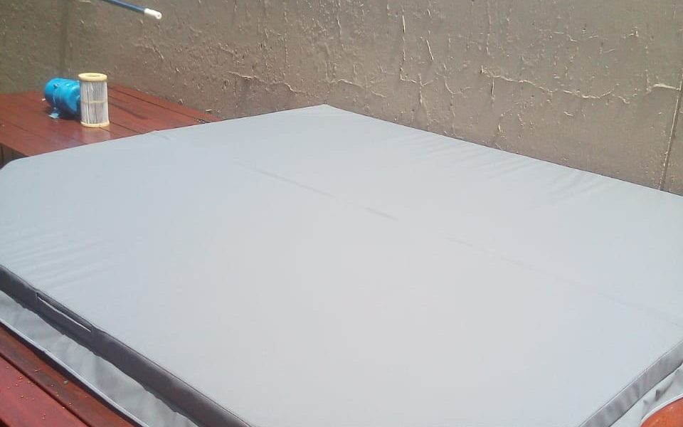 6 – 7 Seater Jacuzzi Cover R 5 500